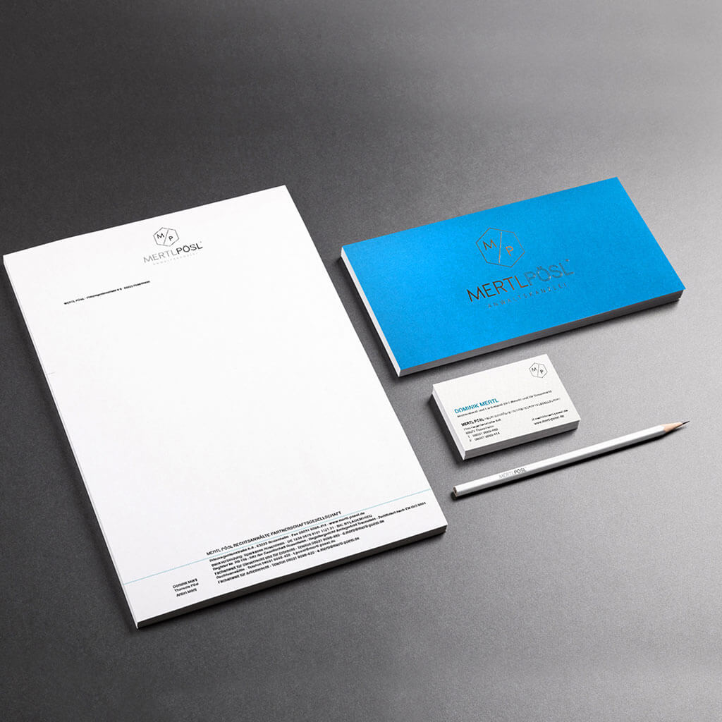 SKRUFF Designagentur Werbeagentur Rosenheim Projekte Corporate Design Mertl und Pösl Anwaltskanzlei Visitenkarten