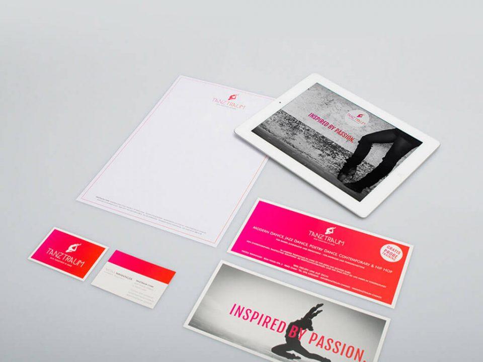 SKRUFF Designagentur Werbeagentur Rosenheim Projekte Corporate Design Tanztraum Flyer Visitenkarten