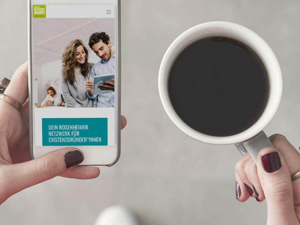 SKRUFF Designagentur Werbeagentur Rosenheim Projekte Webdesign Responsive Website Gruenden Einfach Machen Mobilansicht